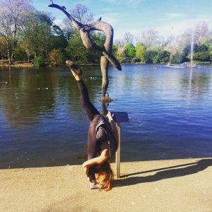 yogapose urdhvaprasaritaekapadasana landmarkyoga birdsculpture victoriapark pathakyogalondon yoga
