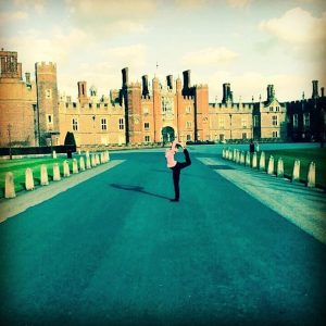 natarajasana yoga pose lord of the dance kingsdancer hamptoncourt palace