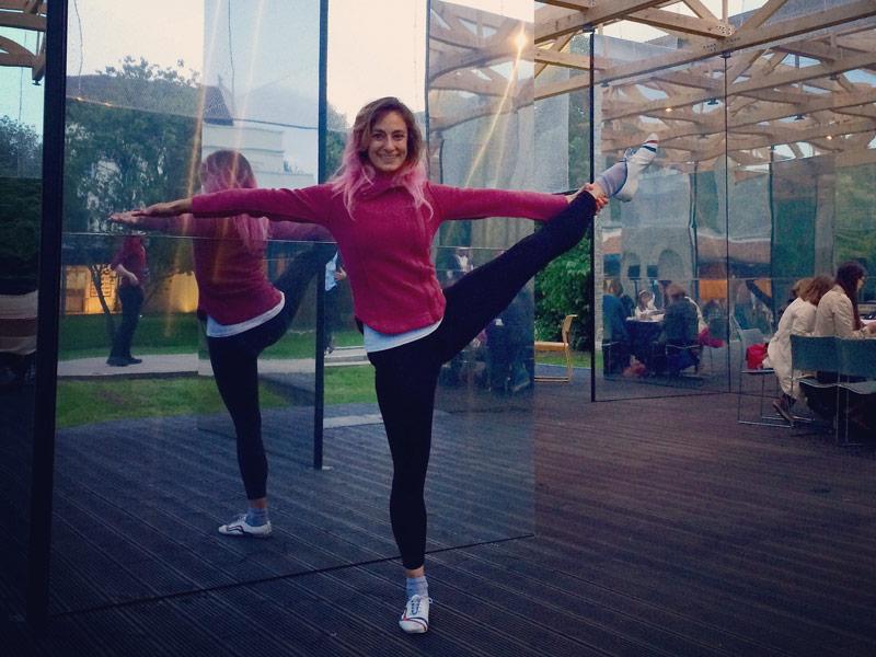 Office Yoga, Corporate Yoga, Yoga Pose Utthitahastapadangushthasana, Utthitahastapadangushtasana, Landmark Yoga, Dulwich Pavilion, workplace yoga, yoga, yoga everywhere, wellness week, desk yoga, chair yoga, corporate health and wellbeing champion, yoga London